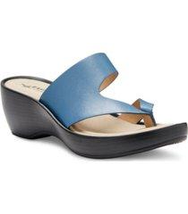 eastland women's laurel thong sandals women's shoes