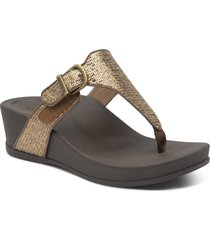 aetrex kate water resistant wedge flip flop, size 7us in bronze faux leather at nordstrom