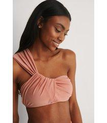 na-kd swimwear recycled bikinitopp med en axel - pink
