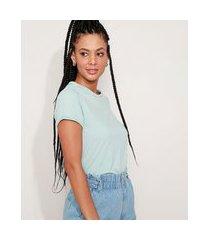 camiseta feminina básica com bordado manga curta decote redondo azul
