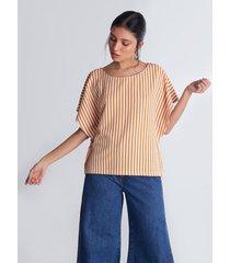 camiseta mangas amplias estampado rayas