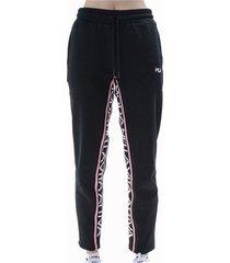 pantalón negro fila retilinea