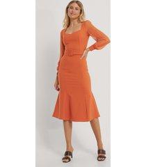 trendyol midiklänning - orange
