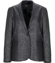 swildens suit jackets