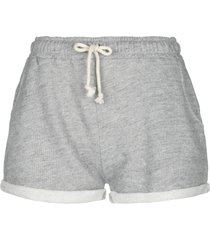 the hip tee shorts