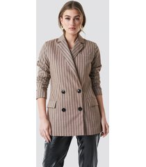 na-kd classic double breasted striped blazer - beige