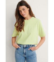 louise madsen x na-kd ekologisk oversize t-shirt - green