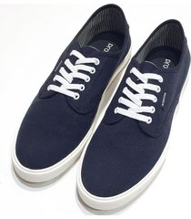 zapatilla azul prototype laces