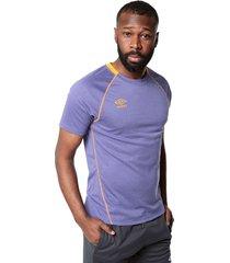 camiseta violeta-naranja umbro
