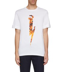 roll cuff flame thunderbolt print t-shirt