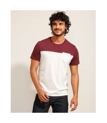 camiseta masculina básica com recorte e bolso manga curta gola careca vinho