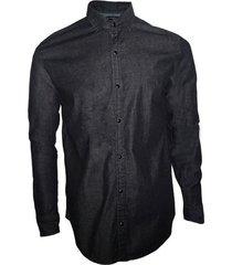 camisa negra songe jeans