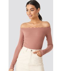 na-kd ribbed babylock off shoulder body - pink