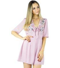 macaquinho liage bordado floral chiffon manga transparãªncia laã§o decote rosa claro / seco / antigo / pastel - rosa - feminino - cetim - dafiti