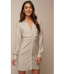 donnaromina x na-kd draped shirt dress - beige
