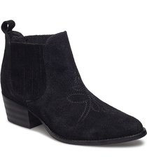 leila s shoes boots ankle boots ankle boot - heel svart shoe the bear