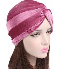 cappelli di berretto di velluto incrocio donne cappelli di turbante chemio  caldo casuali flessibili del cancro e684c417db40