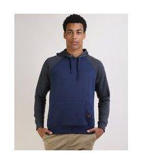 blusão de moletom masculino raglan com capuz e bolso canguru azul marinho