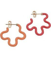 2 tone flower earrings in blood orange and red