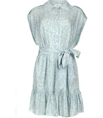 jurk met bijpassende strikceintuur maze  blauw