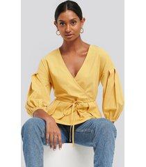 na-kd balloon sleeve drawstring blouse - yellow