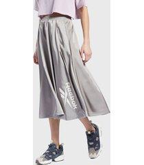 falda reebok cl w skirt gris - calce holgado