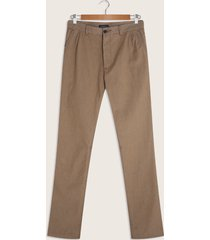 pantalón chino con detalle en pretina-30