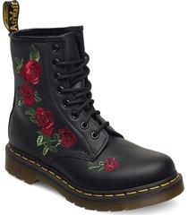 1460 vonda black softy t snörade skor låga svart dr. martens