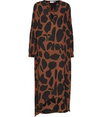dress w. long sleeves in lava print jurk knielengte bruin coster copenhagen