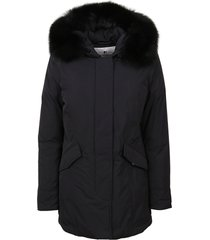 black padded jacket technical fabric
