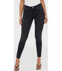calvin klein jeans ckj 011 mid rise skinny skinny