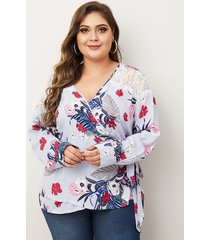 blusa con estampado floral al azar de diseño de amarre extra