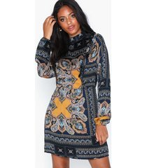 ax paris embellished long sleeve dress loose fit