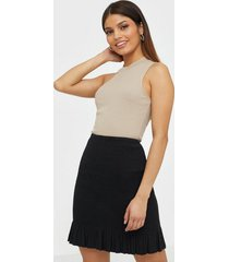 nly trend smock mini skirt minikjolar