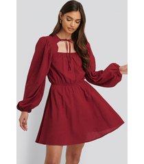 na-kd boho scalloped neckline mini dress - red