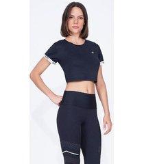 t-shirt alto giro skin fit breeze preta preto