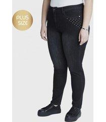 jeans pitillo negro curvi