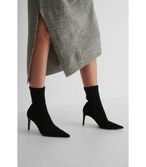 na-kd shoes spetsiga stövlar med hög klack - black