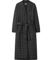 lila coat