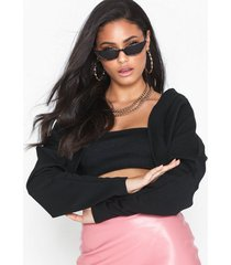 nly one cropped jacket toppar