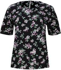 blusa estampada floral color negro, talla 18