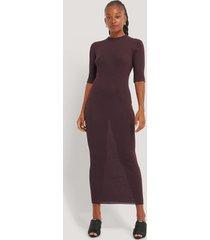 na-kd trend ribbstickad klänning med 3/4-ärm - purple