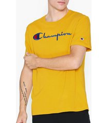 champion reverse weave crewneck t-shirt t-shirts & linnen golden rod