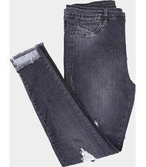 calça jeans cigarrete sawary barra desfiada plus size feminina