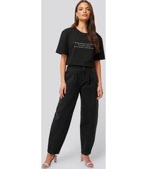 na-kd trend front dart slouchy jeans - black