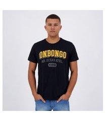 camiseta onbongo mr. ocean 1958 preta