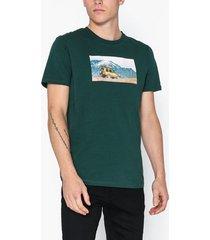 jack & jones jorsilent tee ss crew neck t-shirts & linnen mörk grön