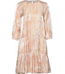 cherieiw dress korte jurk roze inwear