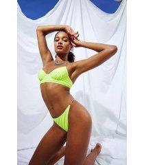 bikini met doorzichtige bandjes, beugel en ruches, kalk