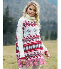 sweter z frędzlami